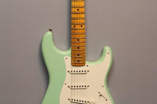 Fender CS LTD Guitar Shop