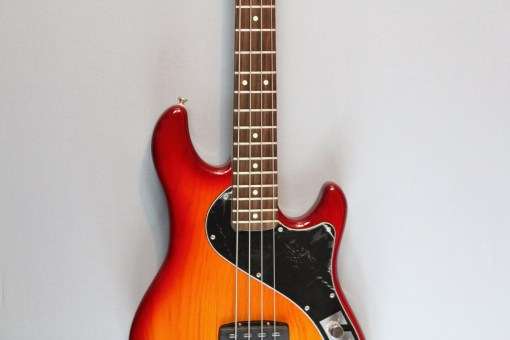 Fender DLX Dimension Bass IV
