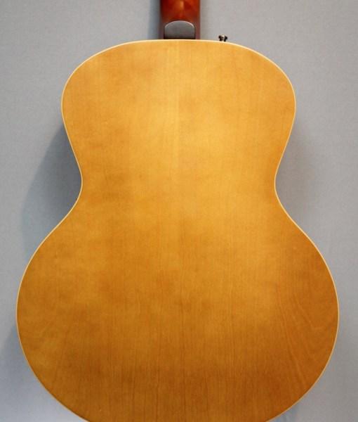 Godin 5th Avenue mit K&K PU E-Gitarre1