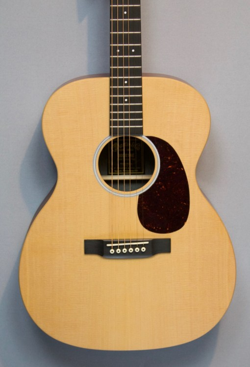 Martin 000X1AE Westerngitarre