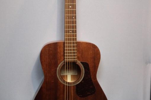 Cort Luce L450C-E Westerngitarre