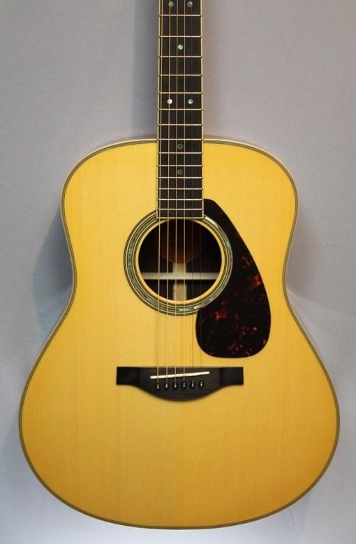 Yamaha LL16 A.R.E. NT Westerngitarre 1