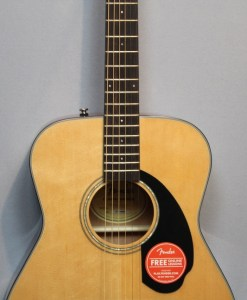 Fender CC-60S Nat Westerngitarre Berlin