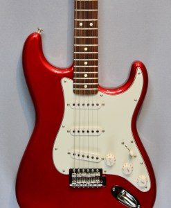 Fender Standard Stratocaster PF CAR 4