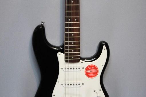 Fender Squier Bullet Strat HT SSS BK Berlin