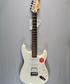 Fender Squier Bullet Strat HT HSS AWT 1