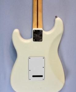 Fender Stratocaster 1984 2