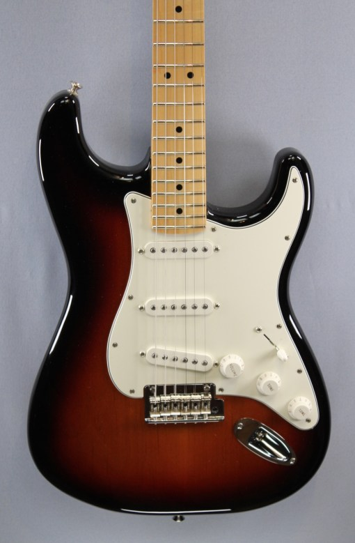 Fender PLAYER STRATOCASTER® MN 3TS 2