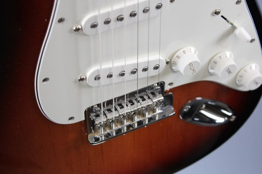 Fender PLAYER STRATOCASTER® MN 3TS 4