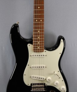 Fender PLAYER STRATOCASTER® PF BLK
