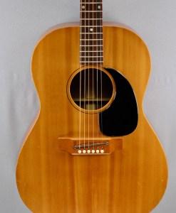Gibson LG-1 / 1968