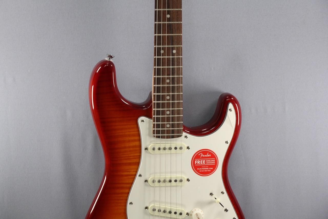 Squier Standard Strat Fmt American Guitar Shop Gitarren In Berlin Fender Stratocaster Amber Sunburst