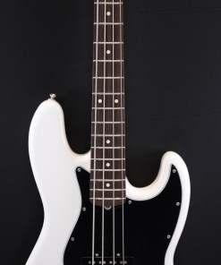 Fender AM Performer P-Bass RW AWT