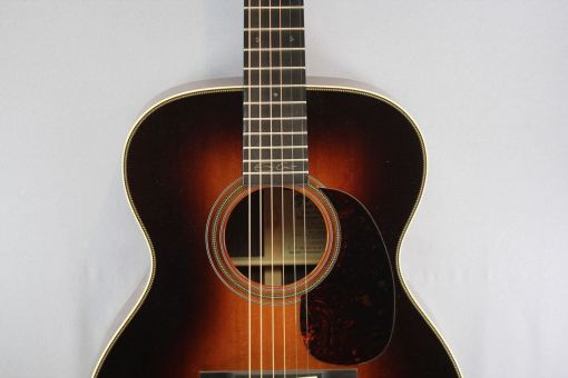 Martin Guitars 000-28EC Sunburst