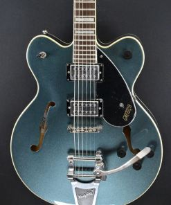 Gretsch G2622T GM Streamliner mit Doppel-Cutaway und Center Block