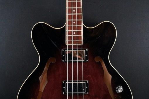 Höfner HCT-VTH Verythin Bass