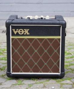 VOX Mini5 Rhythm 2. Hand