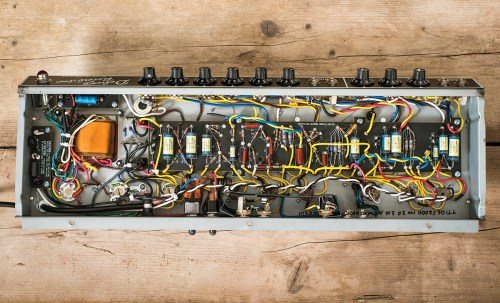 small resolution of there s some noticeable hiss sharing the reverb over two channels created a similar issue with the custom vibrolux reverb reissue