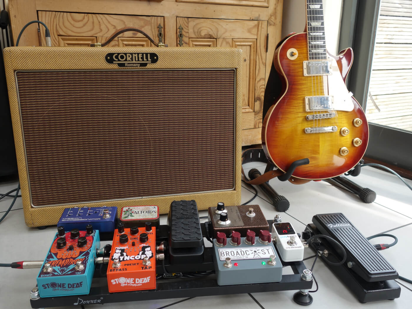 hight resolution of your board andrew bentley u0027s versatile rig for late 60s tones and beyondles paul p90