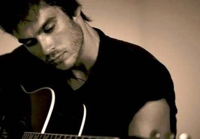 cute-guitar-handsome-ian-somerhalder-music-the-vampire-diaries-Favim.com-45501