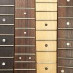 les trucs pour changer les cordes de guitare