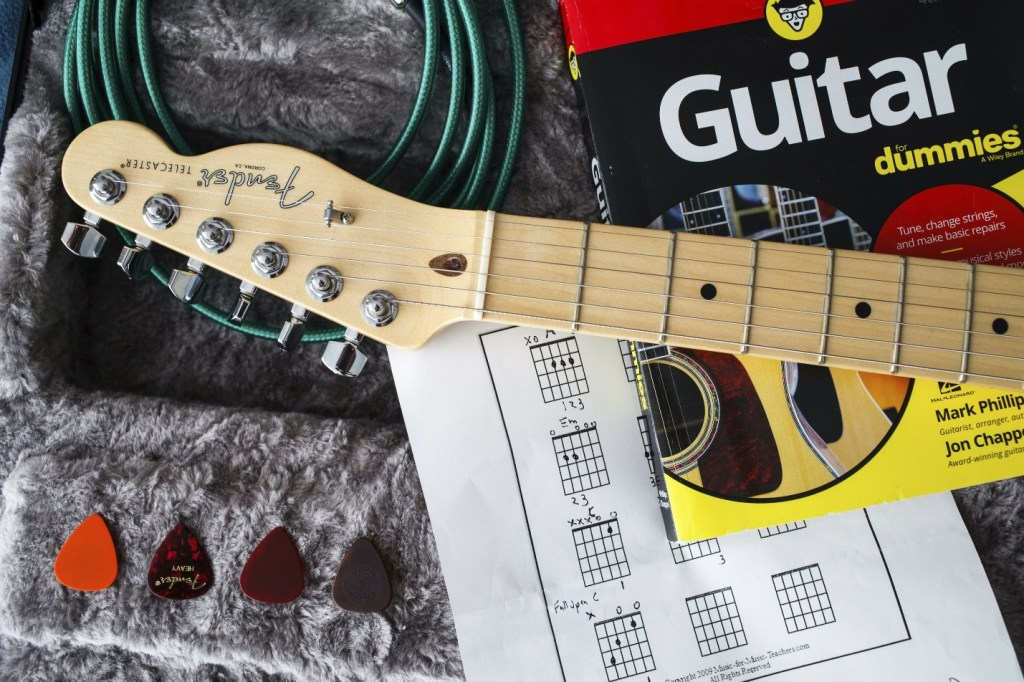 Learn guitar with guitar bro
