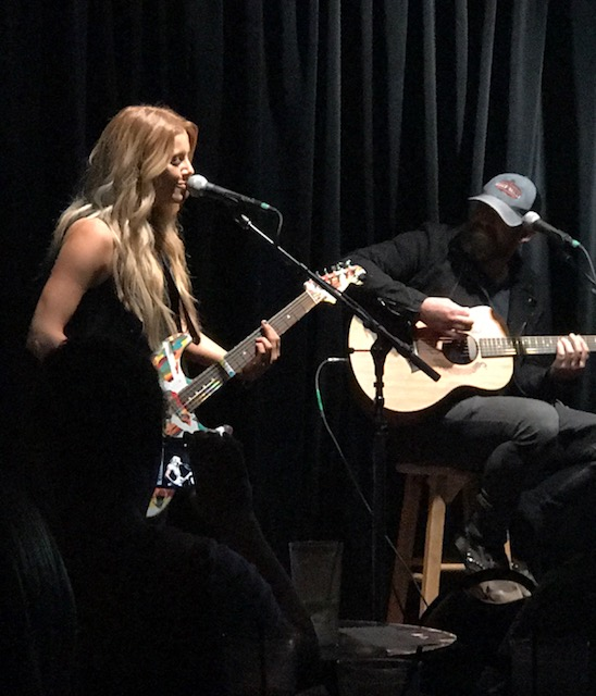 Lindsay Ell and Kristian Bush Eddie's Attic 8-17-17