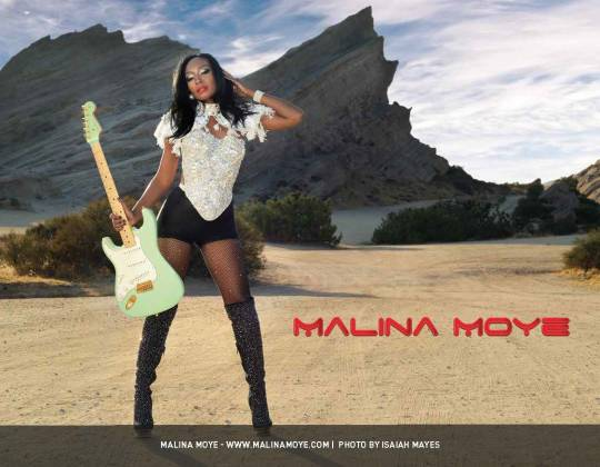 2018-guitar-girl-magazine-calendar-final-04-malina-moye