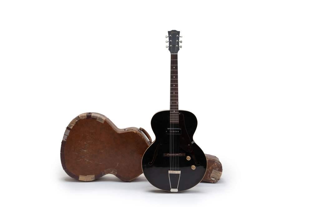 medium resolution of original 1952 gibson es 125 in black finish u2013 guitarhunter dkgibson es 125 wiring