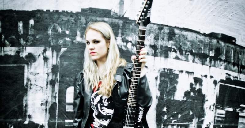 Prika Amaral, guitarrista da banda Nervosa