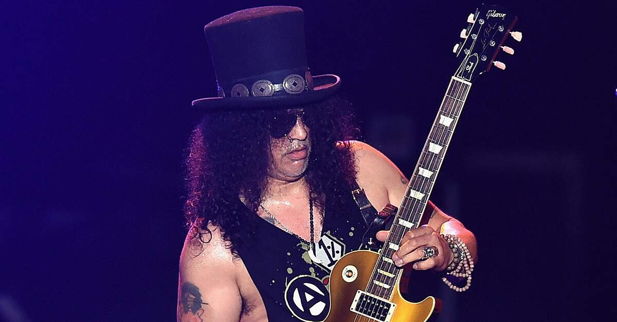 Slash com uma Les Paul Goldtop