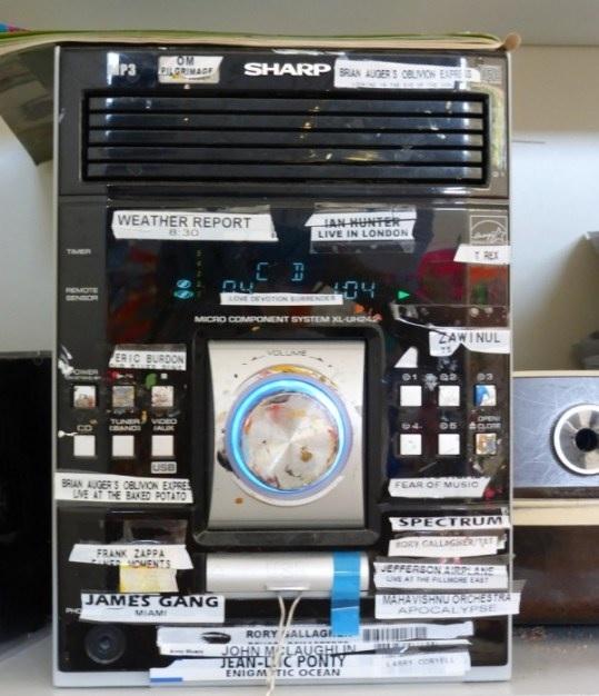 Art Studio Stereo