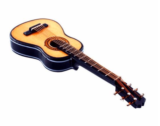 Guitarra clásica miniatura
