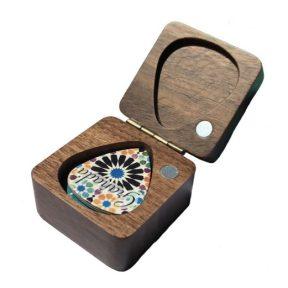 Caja de madera portapúas