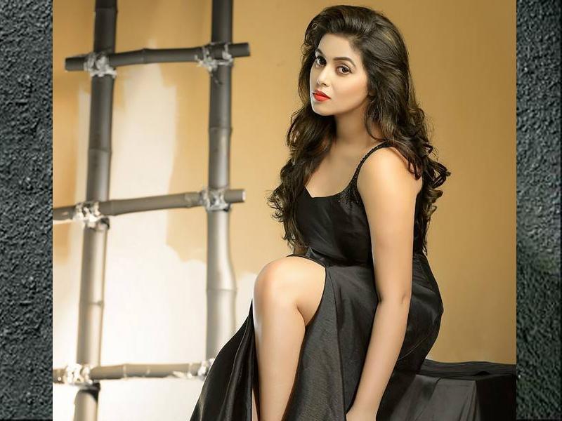 Shamna KasimAge, Height, Biography, Boyfriend, Weight, Family, Photo, Wiki, photoshoot, pics, pic, hot, seexy, movie, dance, hot, hottest