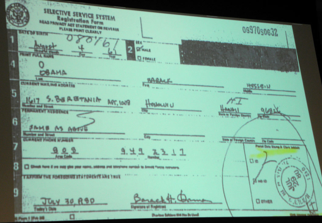 Projected image of allegedly forged Obama Selective Service registration, Sonoron News