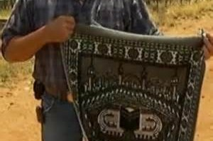 Arab attire left behind on the Mexican border