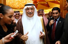 Despite Oil Slump, Saudi To Keep Spending On Projects In 2015 Budget