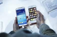 Samsung, Apple Struggle To Compete As Smartphones Go Mass-Market