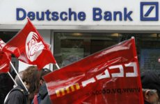 Deutsche Bank Expects Euro Zone To Remain Intact