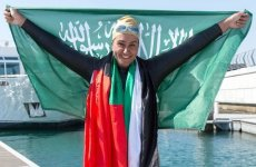 Saudi woman sets new record as she swims Dubai Creek and Dubai Water Canal