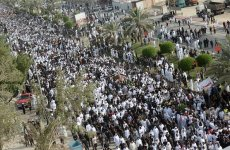 Tens of thousands turn up for funeral of Saudi suicide attack victims