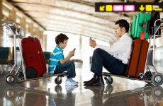 Majority Of ME Travellers Carry Phones On Holidays