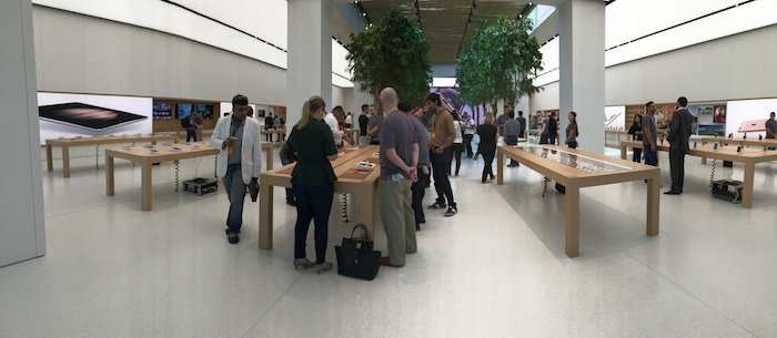 Pictures. video: Apple's new store in Dubai's Mall of the Emirates - Gulf Business