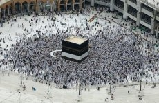 Mecca mayor says no delays on pilgrimage expansion projects