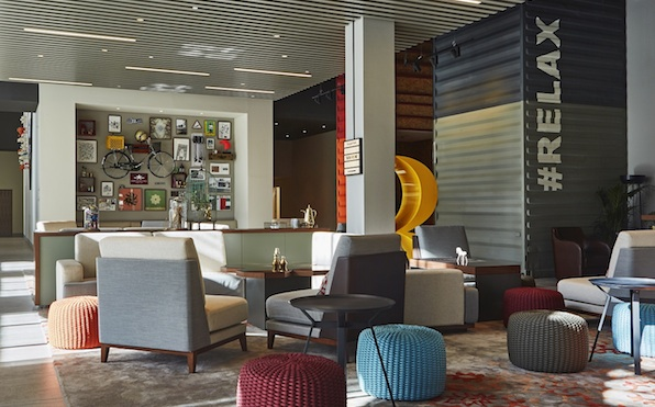 Rove Downtown Dubai - Lobby Lounge[2]