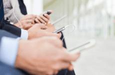 Middle East economic slowdown hits mobile handset sales