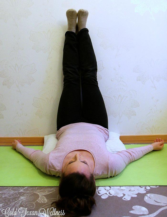 Yoga for nausea! 3 yoga poses to cure nausea. A great natural way to help stop morning sickness and nausea associated with flu and sickness. #yoga #prenatal yoga #naturalremedies #yogaremedies #healthyself