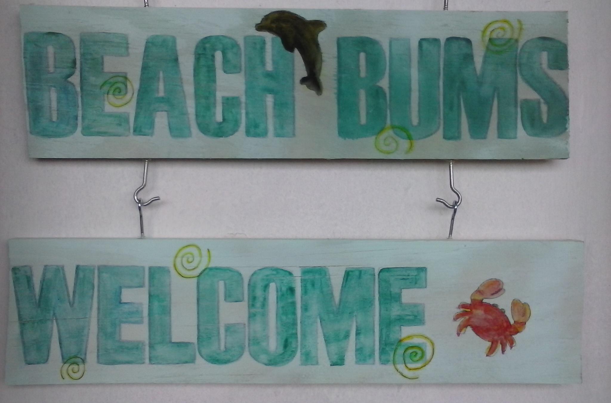 DIY Coastal Beach Signs