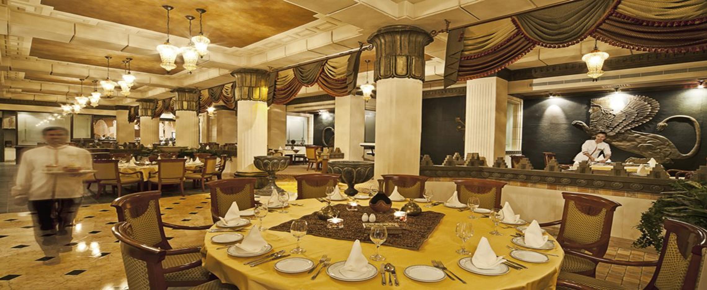 Takht Jamsheed Luxury 5 Star Accomodation In Bahrain
